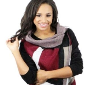 Jackets & Coats - Black/Red Brown/Black Long Sweater Vest